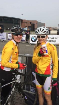 Strijen - Donja .. en Lauraine Wijnhorst